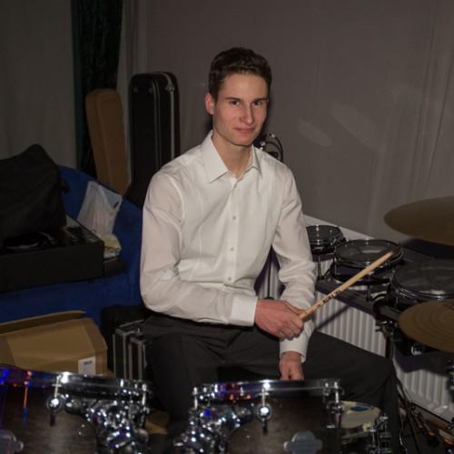 Musikerin sucht mann [PUNIQRANDLINE-(au-dating-names.txt) 28